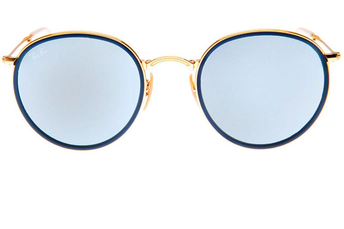 A Ray-Ban é com toda a certeza a marca eleita desta estação. Reinventou  modelos clássicos através de novas cores nas lentes e armações dos óculos. 1e6a9d5602