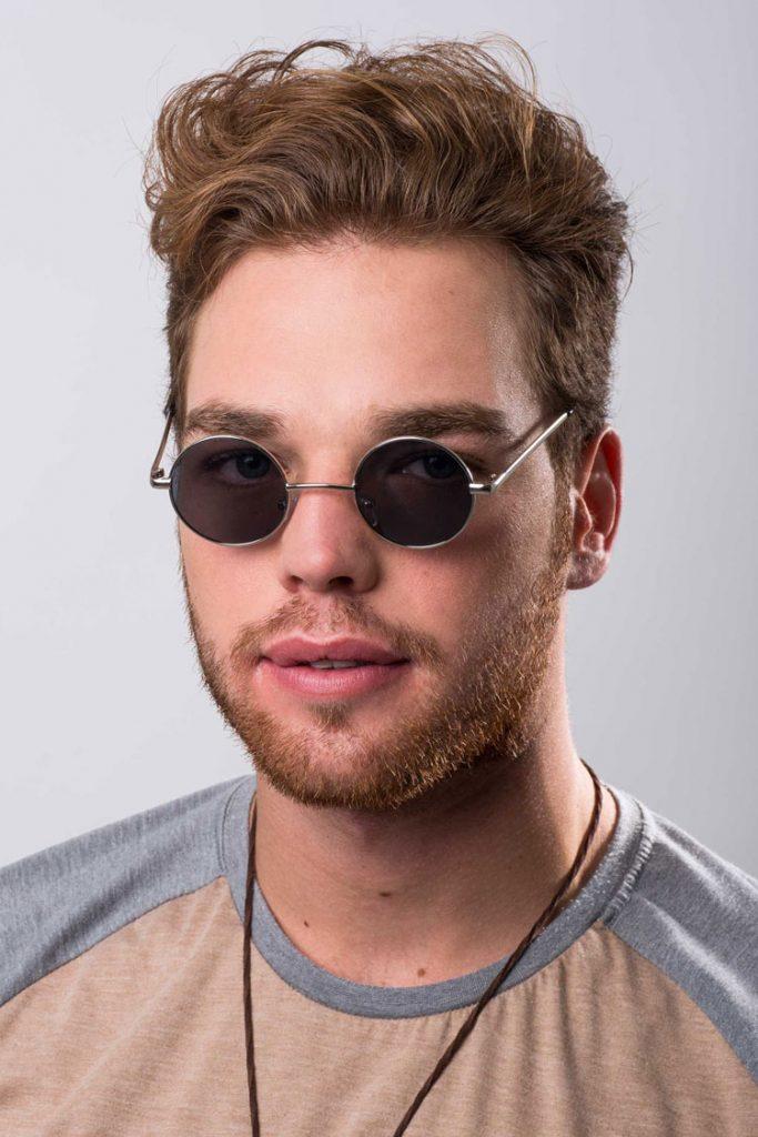 2c3726faf7e81 Se o seu rosto é realmente muito pequeno e todos os óculos acabam por ficar  largos e escorregar muito